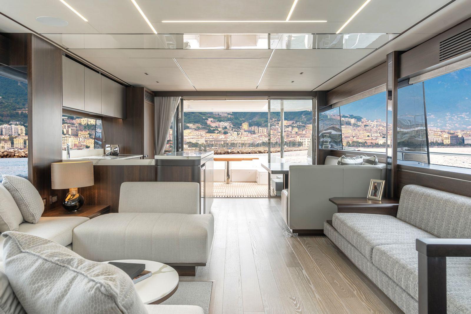 Sunseeker 76 Yacht | Экстрьер 0