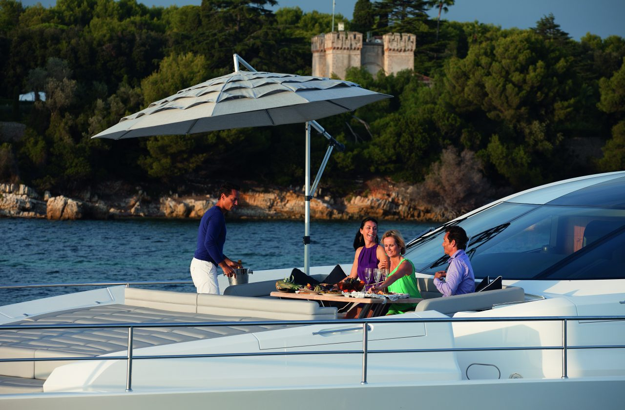 Sunseeker 101 Sport Yacht | Экстрьер 14