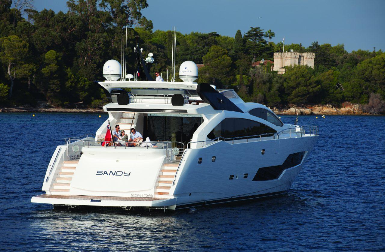 Sunseeker 101 Sport Yacht | Экстрьер 10
