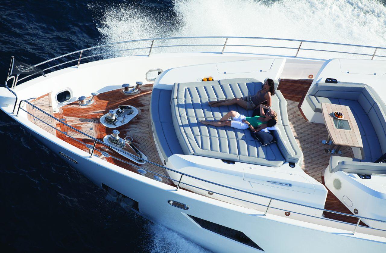 Sunseeker 101 Sport Yacht | Экстрьер 7