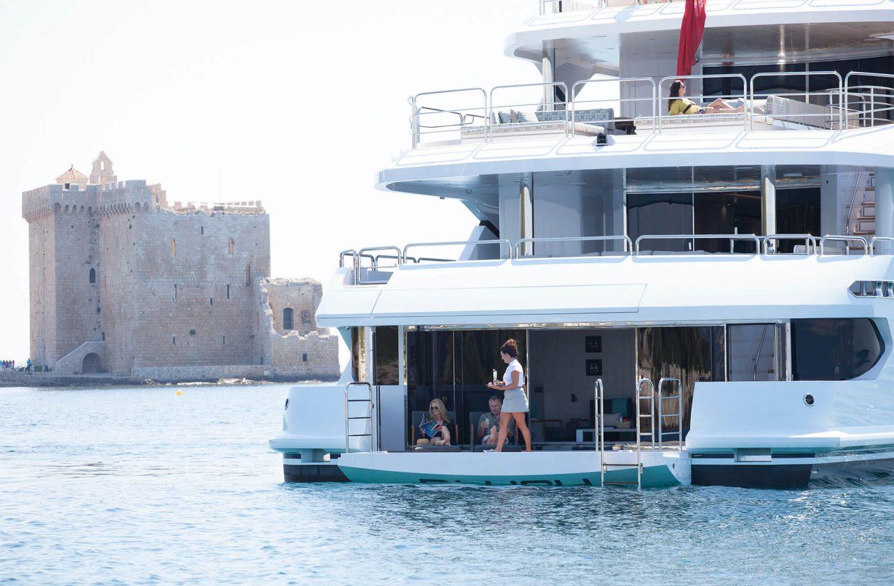 Sunseeker 155 Yacht | Экстрьер 0