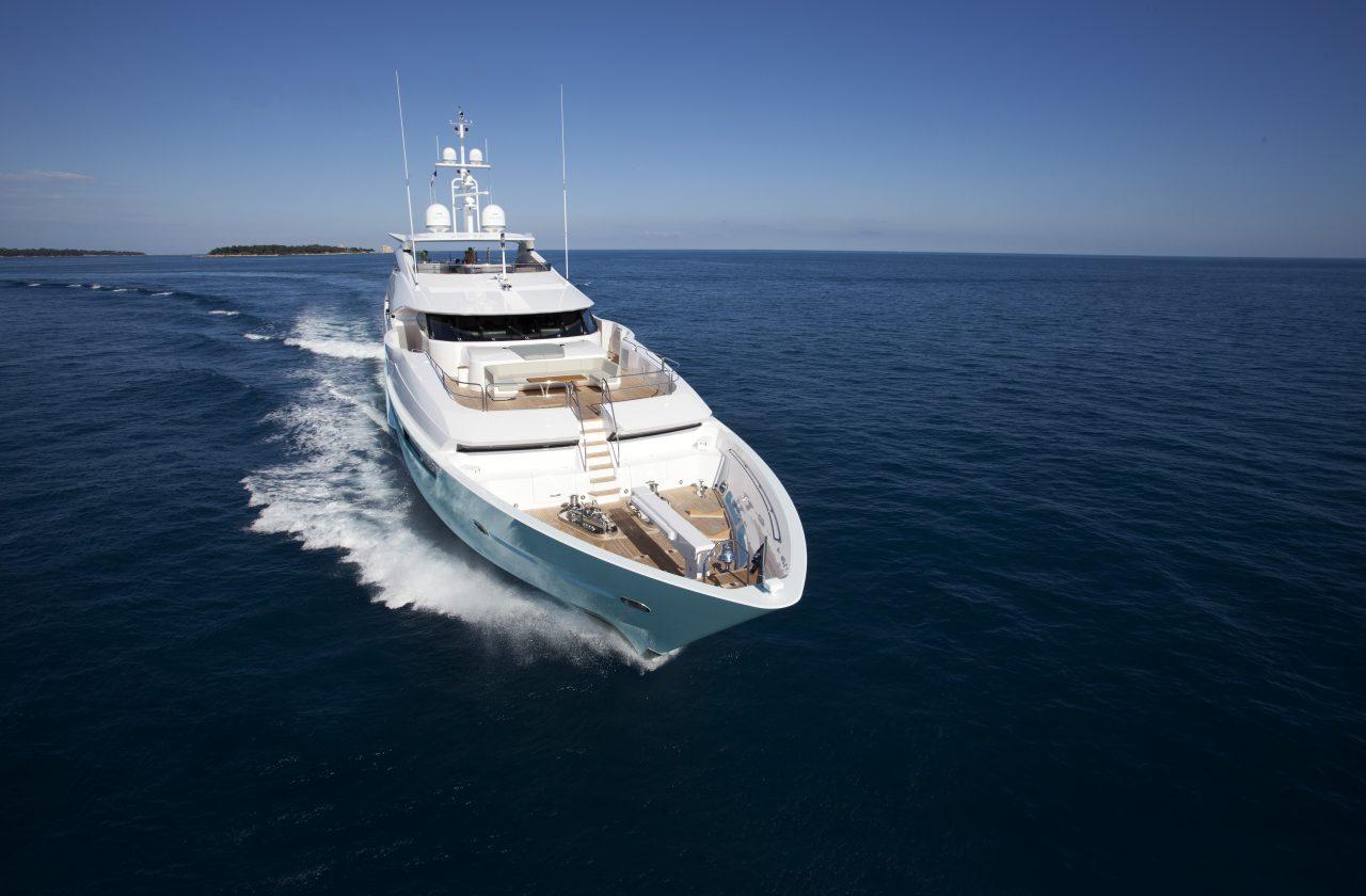 Sunseeker 155 Yacht | Экстрьер 11
