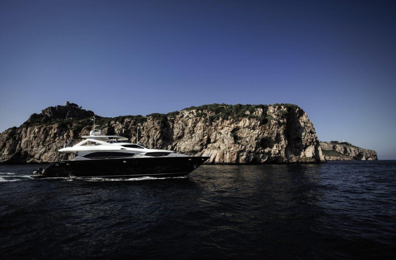 Sunseeker 30 Metre Yacht | Экстрьер 3