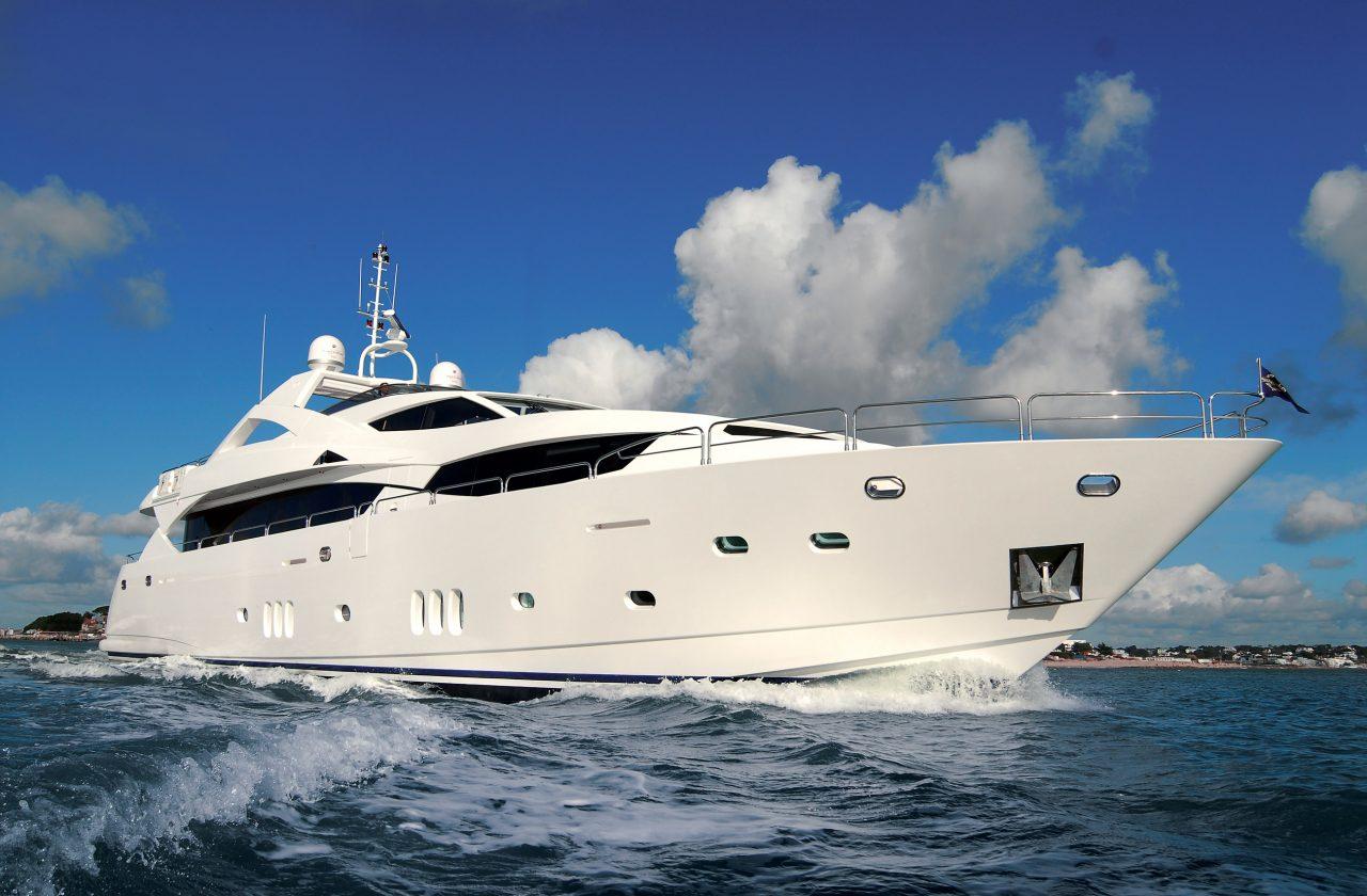 Sunseeker 34 Metre Yacht | Экстрьер 1