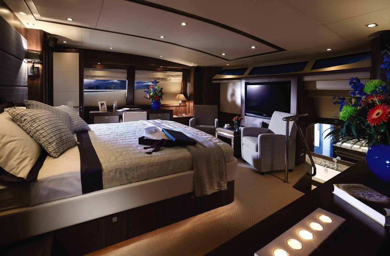 Sunseeker 34 Metre Yacht | Интерьер 0