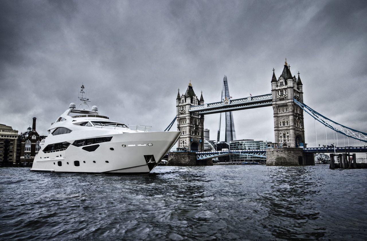 Sunseeker 40 Metre Yacht | Экстрьер 0