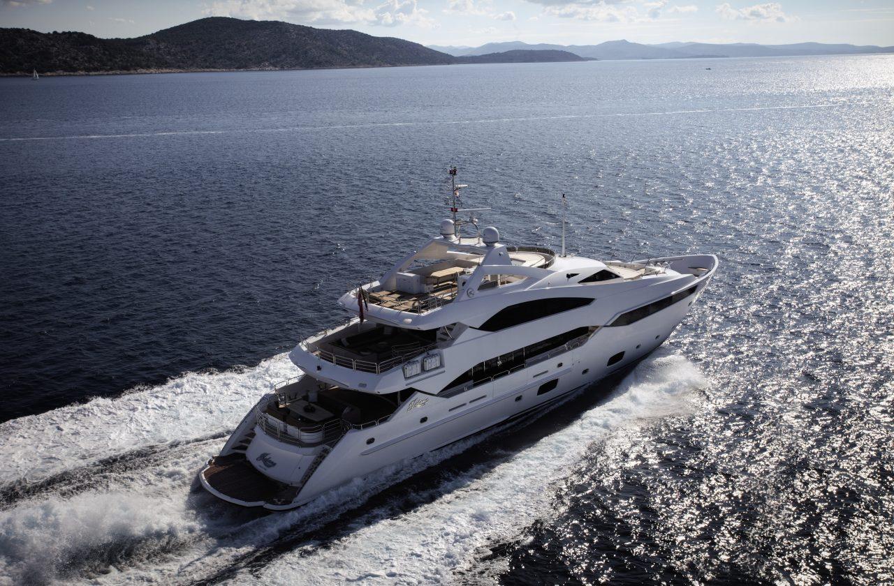 Sunseeker 40 Metre Yacht | Экстрьер 3