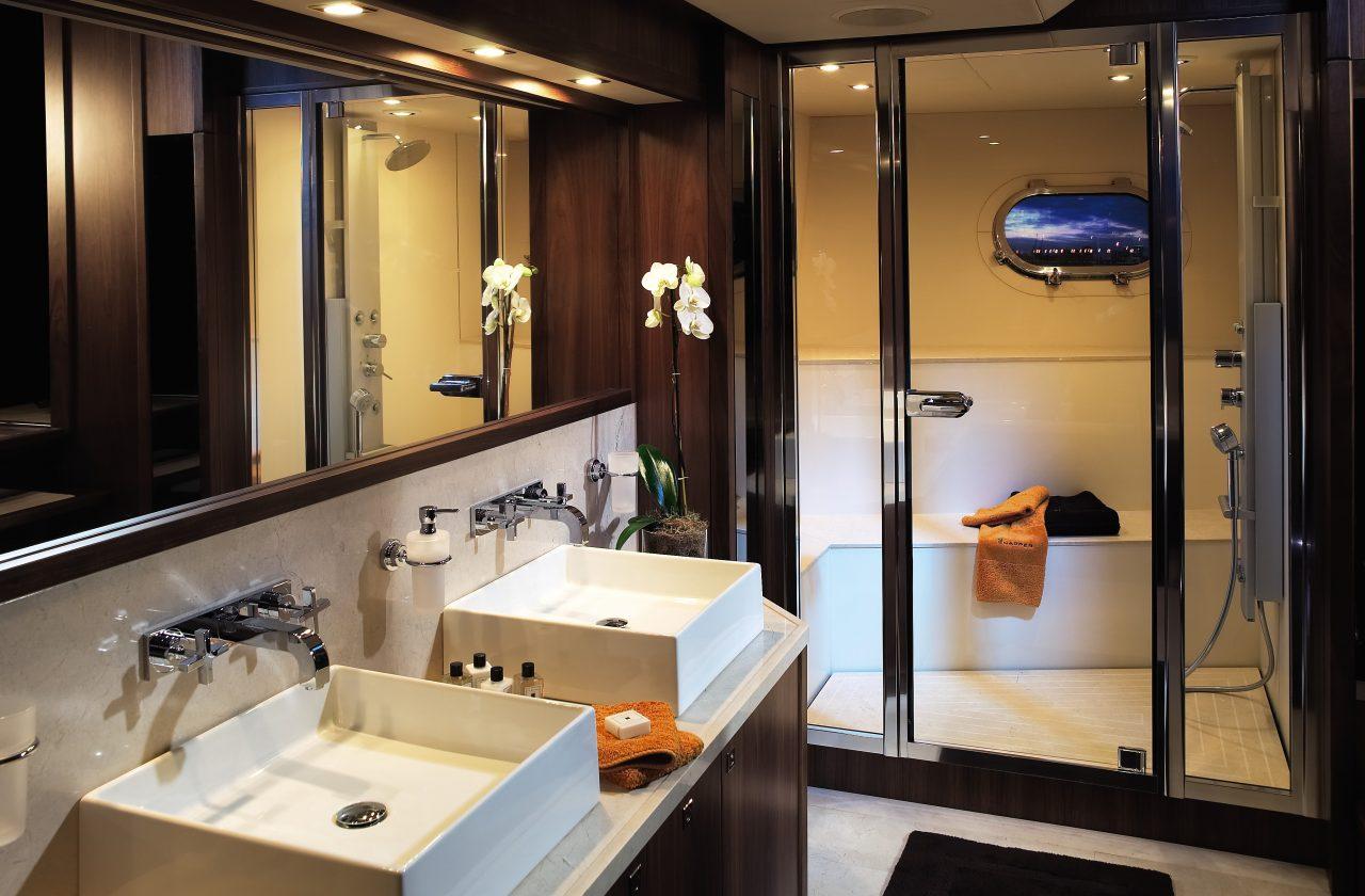Sunseeker 40 Metre Yacht | Интерьер 5