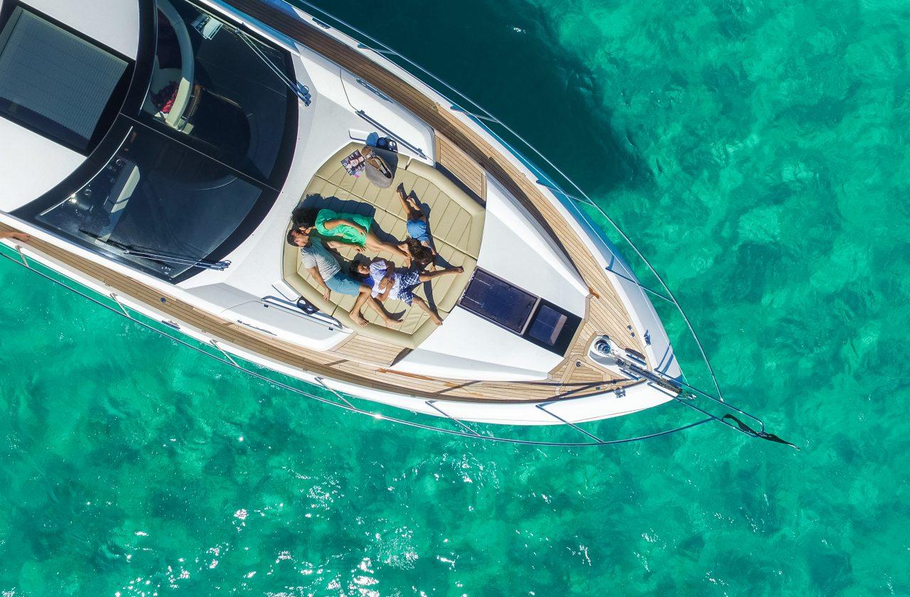 Sunseeker 68 Sport Yacht   Экстрьер 5