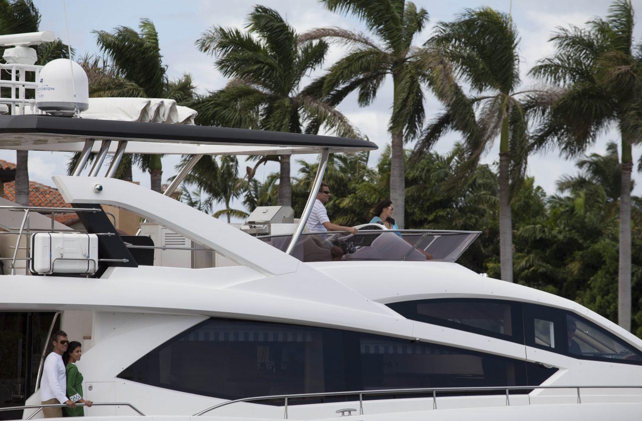 Sunseeker 75 Yacht | Экстрьер 1