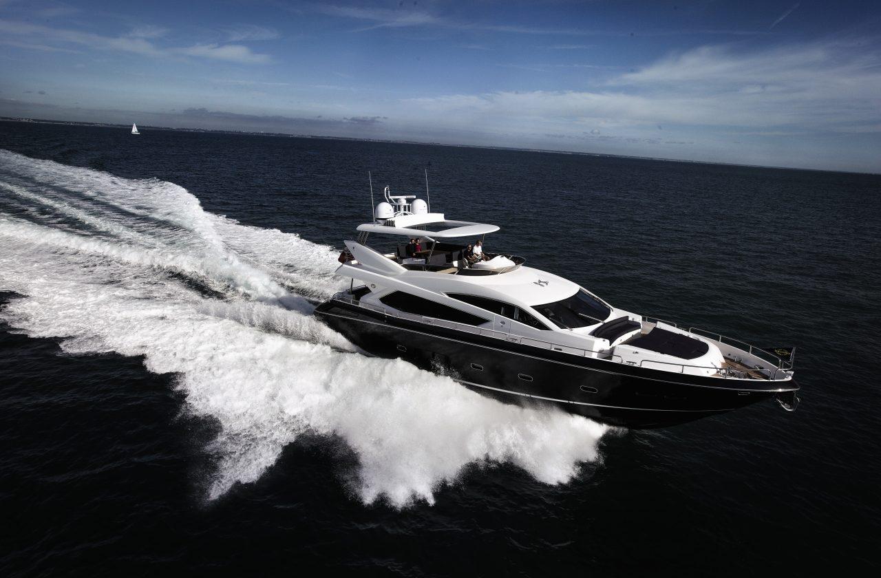 Sunseeker 80 Yacht | Экстрьер 4