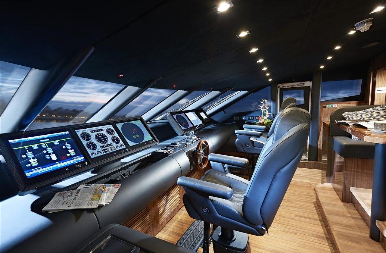 Sunseeker 131 Yacht | Интерьер 11