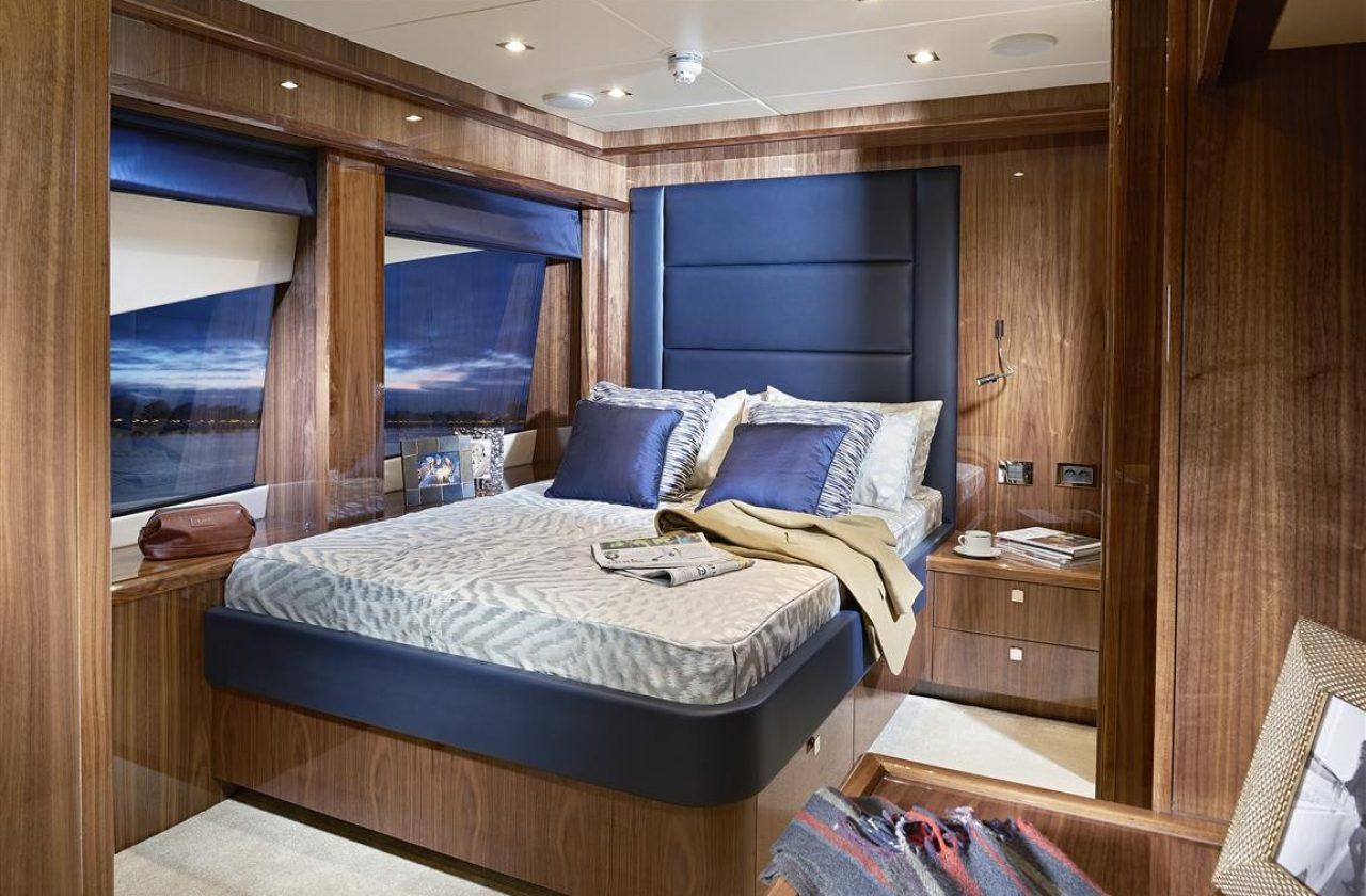 Sunseeker 131 Yacht | Интерьер 8