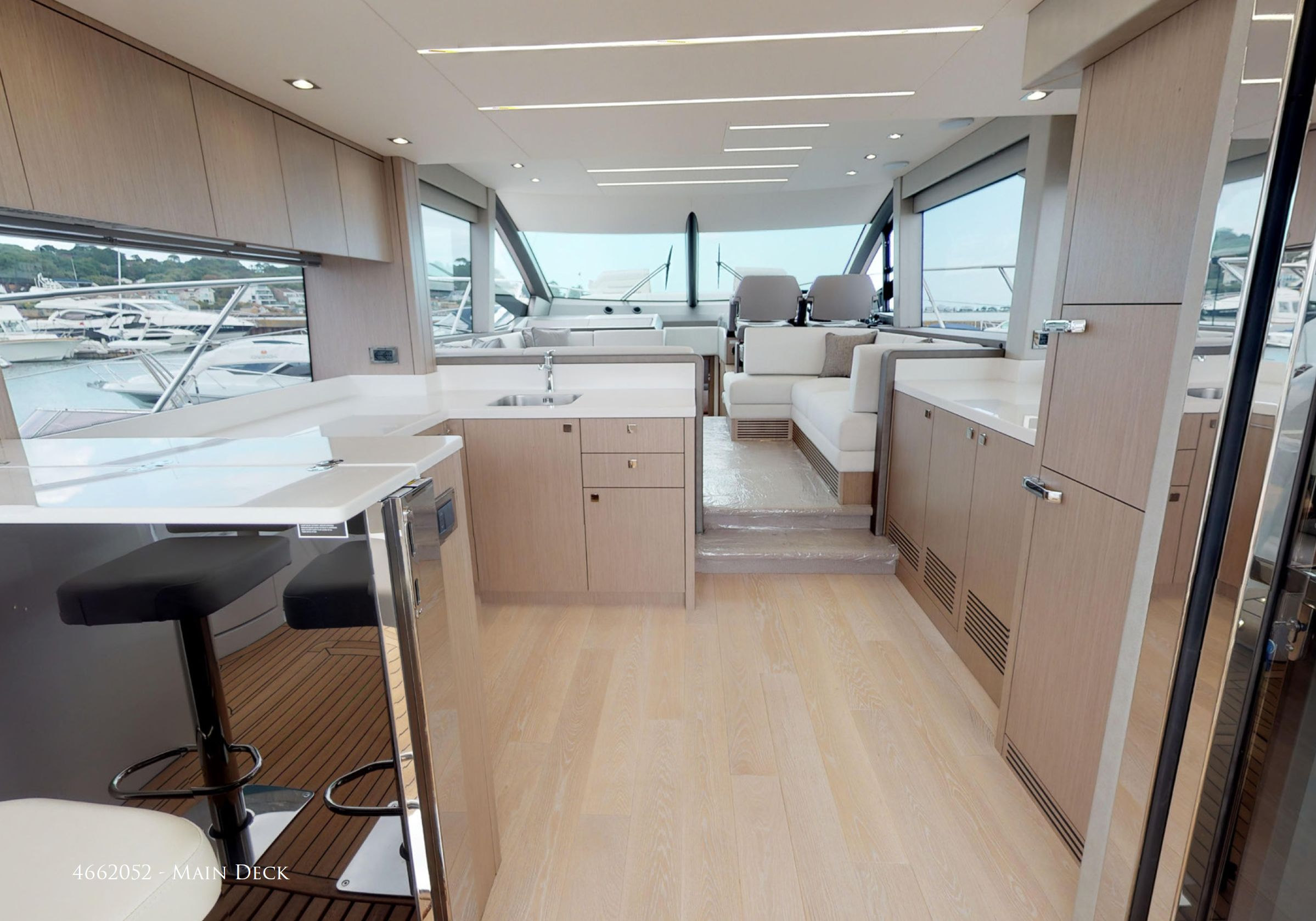Sunseeker Manhattan 52 | Интерьер 2