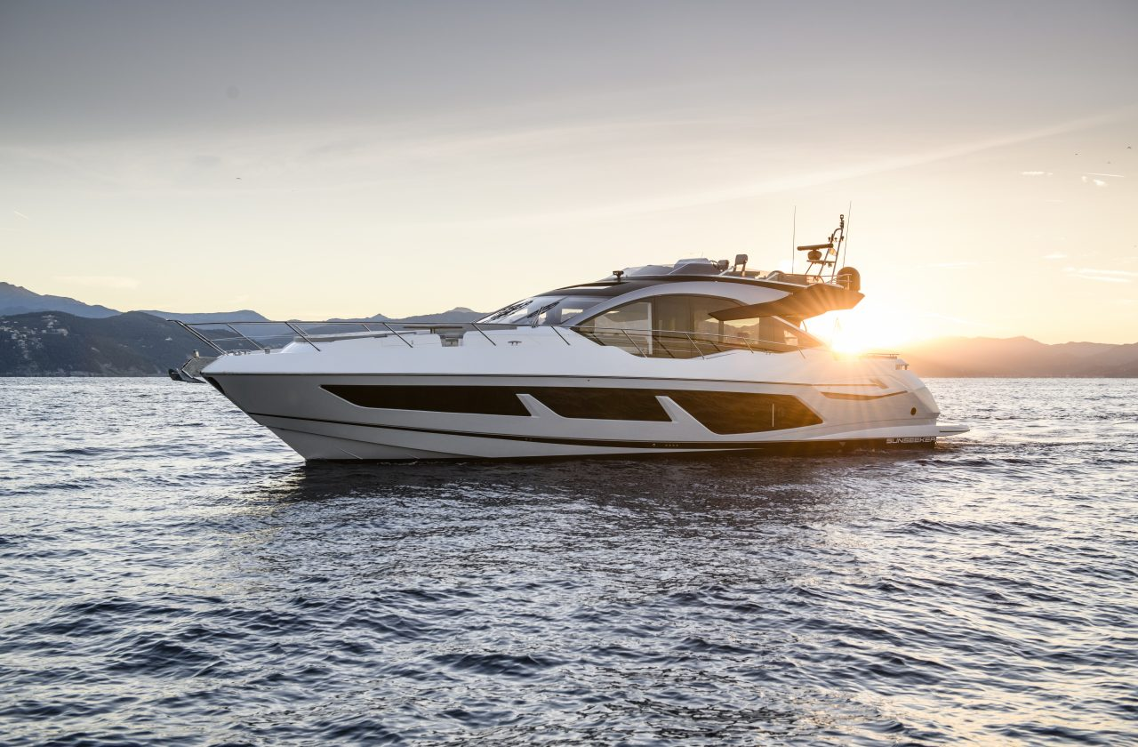 Sunseeker 74 Sport Yacht | Экстрьер 2
