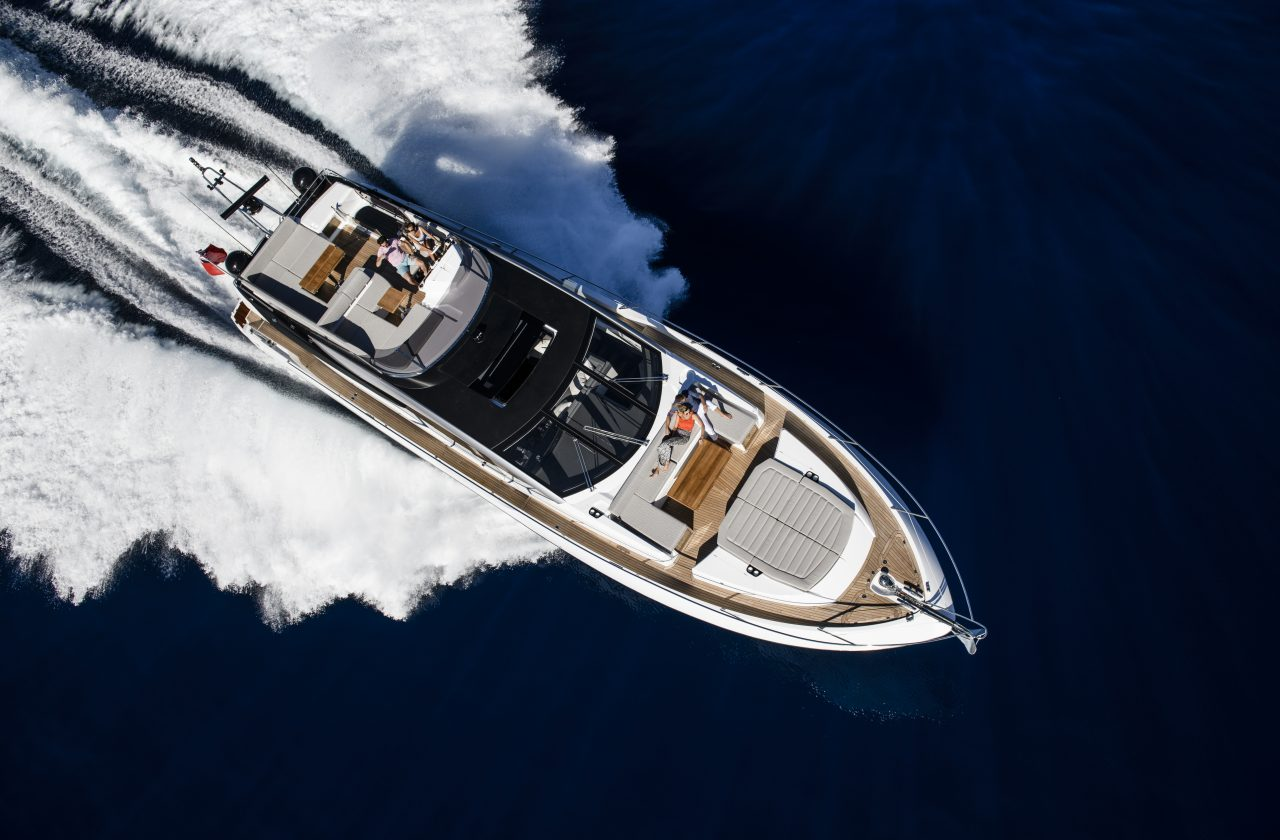Sunseeker 74 Sport Yacht | Экстрьер 7