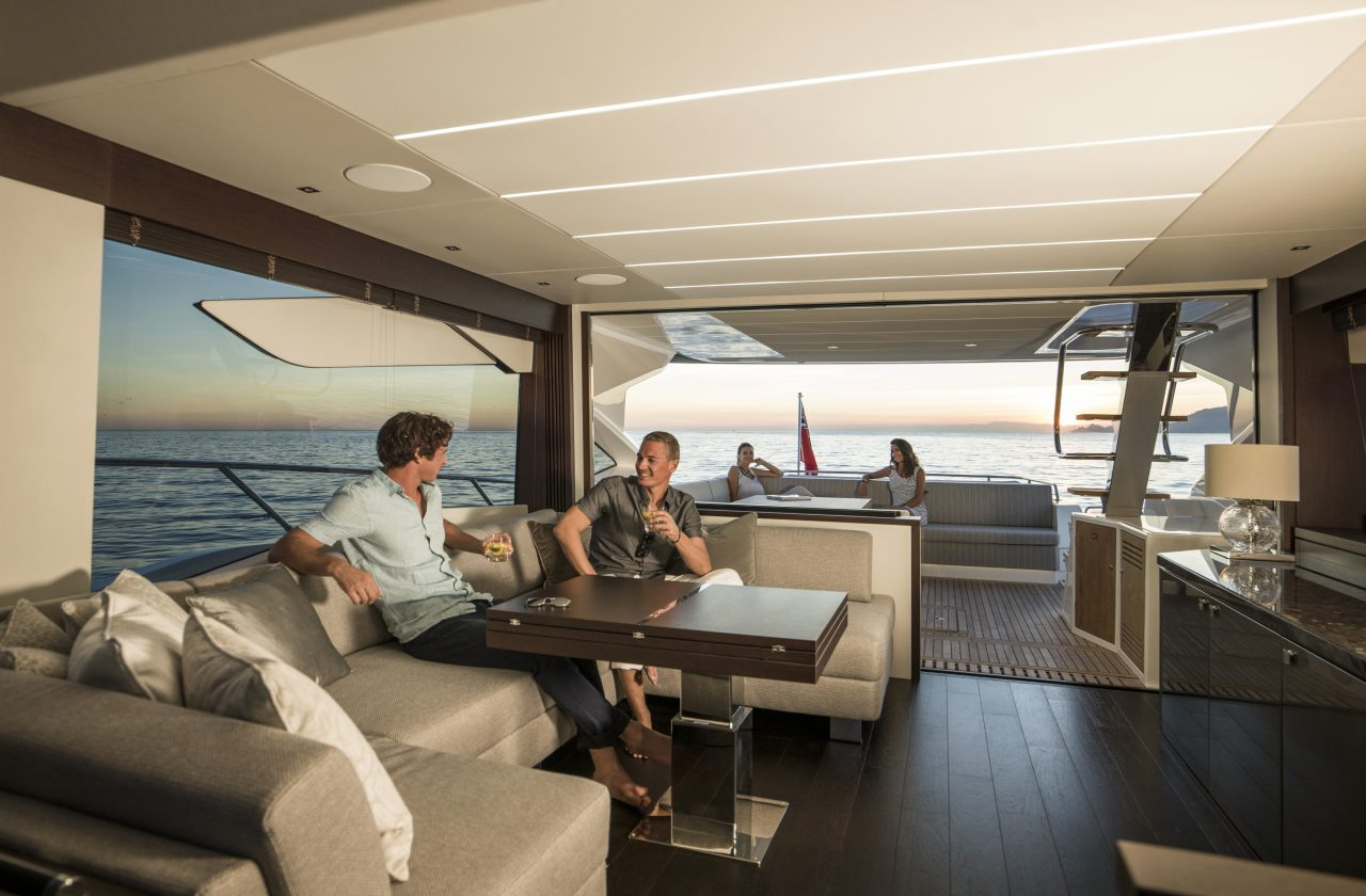 Sunseeker 74 Sport Yacht | Интерьер 4