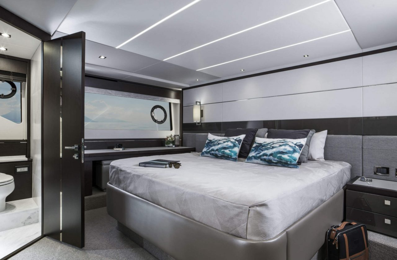 Sunseeker 74 Sport Yacht | Интерьер 8