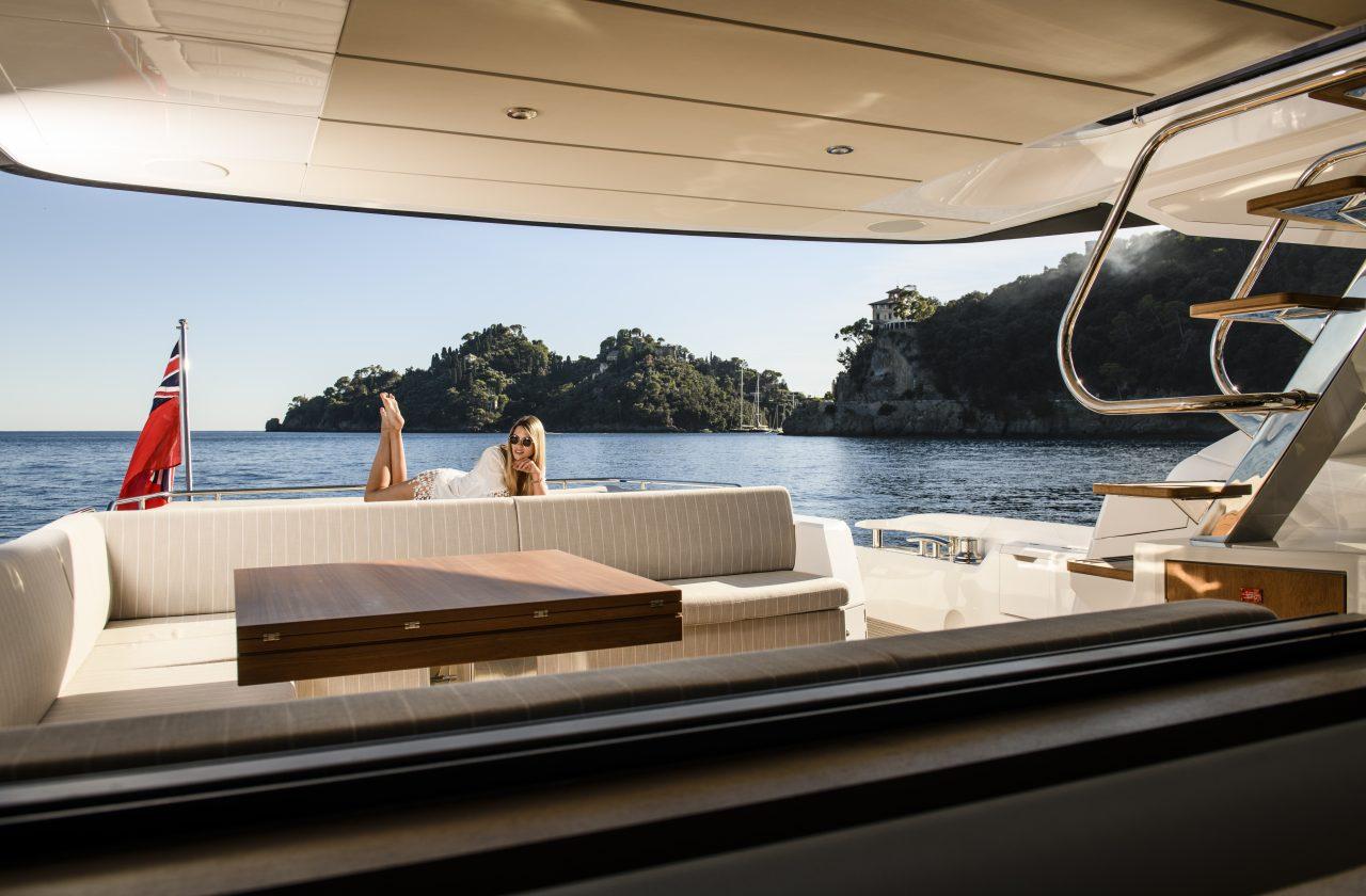 Sunseeker 74 Sport Yacht | Интерьер 5