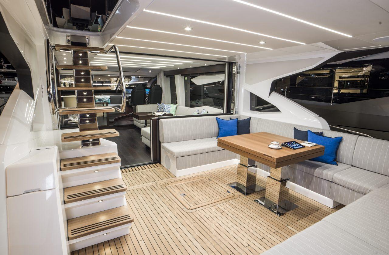 Sunseeker 74 Sport Yacht | Интерьер 2