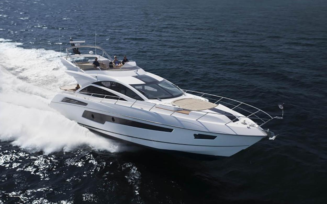 Sunseeker 68 Sport Yacht | Экстрьер 0
