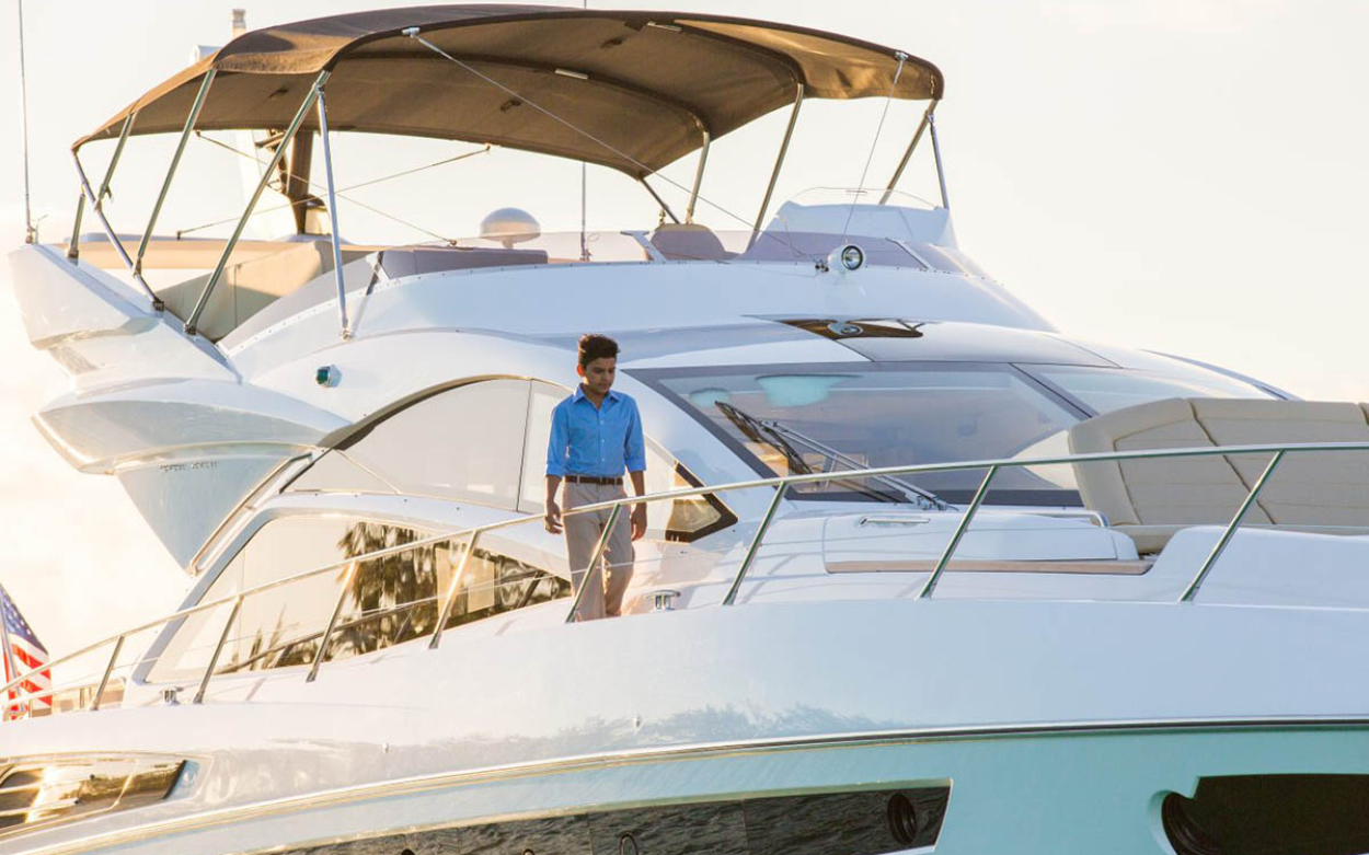 Sunseeker 68 Sport Yacht | Экстрьер 3