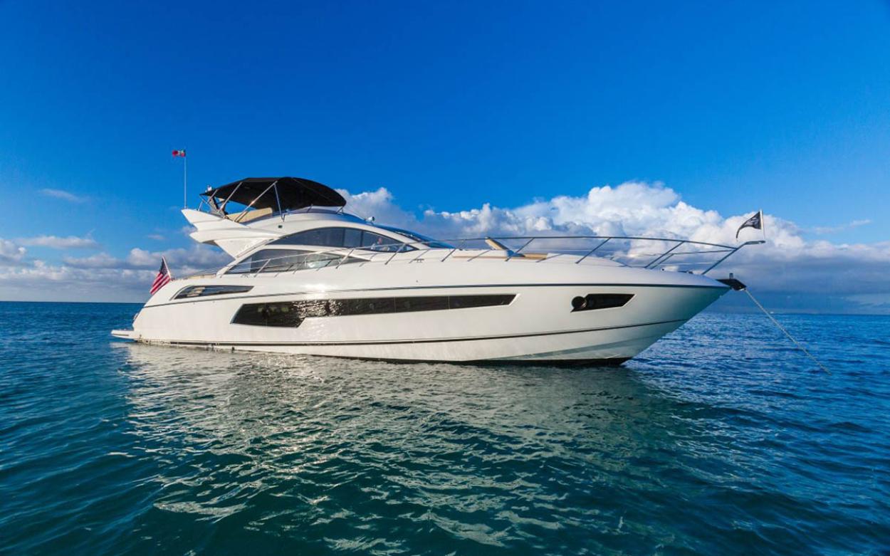 Sunseeker 68 Sport Yacht | Экстрьер 4