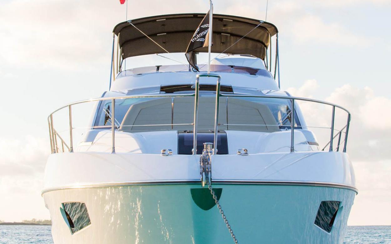Sunseeker 68 Sport Yacht | Экстрьер 5