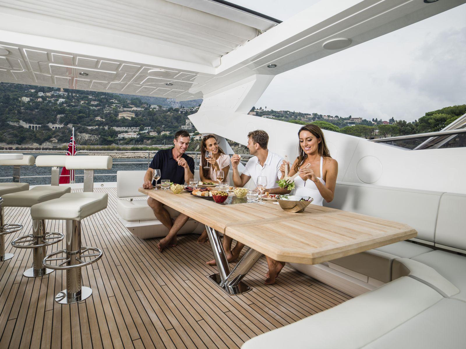 Sunseeker 95 Yacht | Экстрьер 8