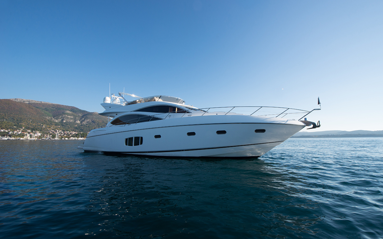 Sunseeker Manhattan 70 | Экстрьер 2