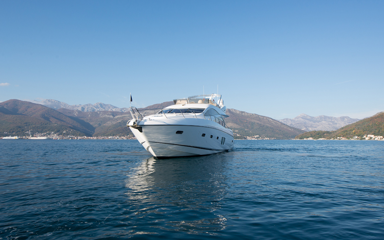 Sunseeker Manhattan 70 | Экстрьер 3
