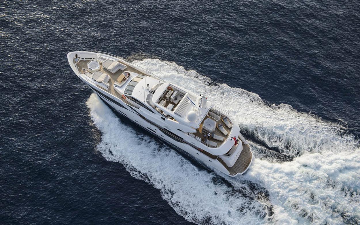 Sunseeker 116 Yacht | Экстрьер 4