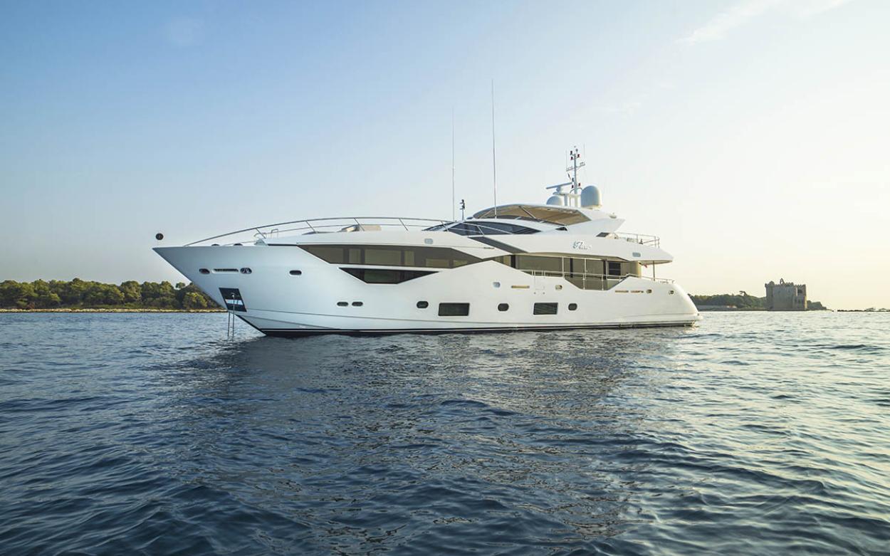 Sunseeker 116 Yacht | Экстрьер 1