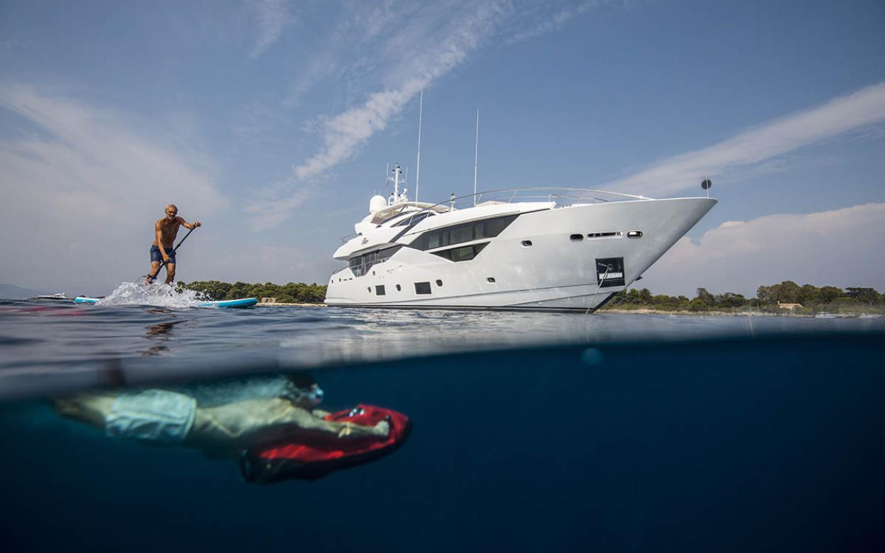 Sunseeker 116 Yacht | Экстрьер 5