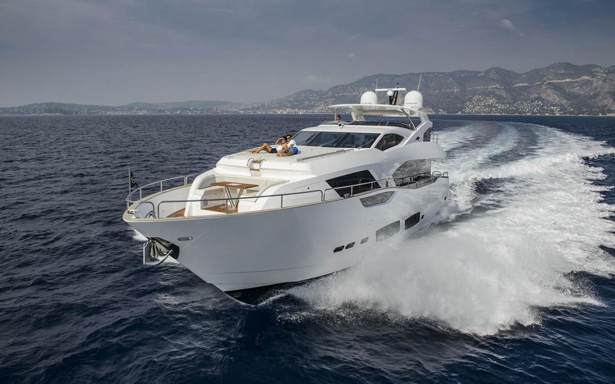 Sunseeker 95 Yacht | Экстрьер 6