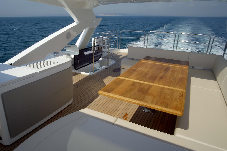 Sunseeker 76 Yacht | Экстрьер 12