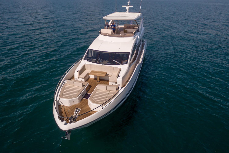 Sunseeker 76 Yacht | Экстрьер 2