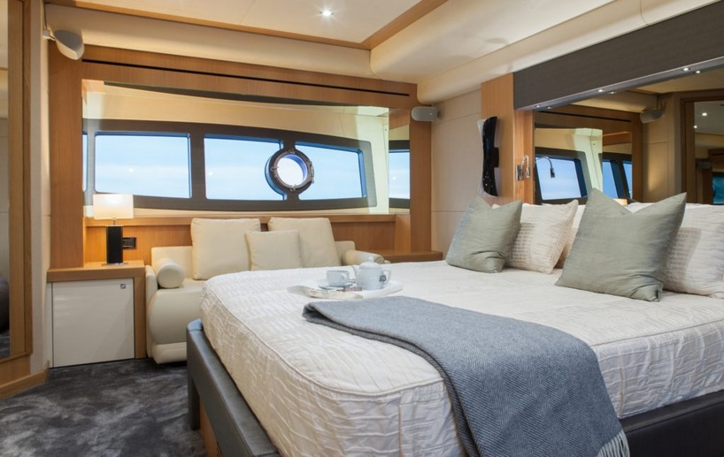 Sunseeker 28 Metre Yacht | Интерьер 15