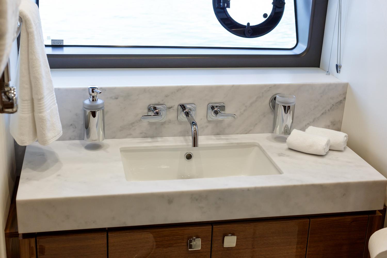 Sunseeker 76 Yacht (206) | Интерьер 18