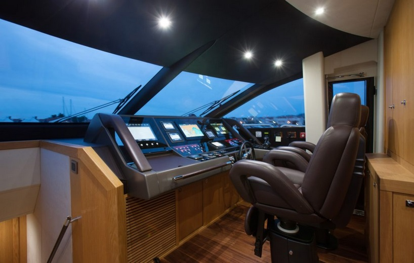 Sunseeker 28 Metre Yacht | Интерьер 10