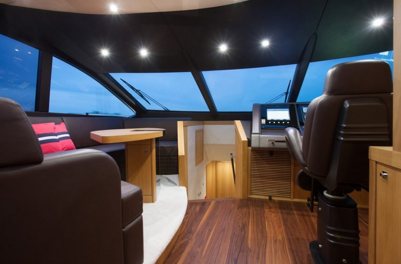 Sunseeker 28 Metre Yacht | Интерьер 8