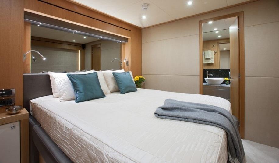Sunseeker 28 Metre Yacht | Интерьер 31