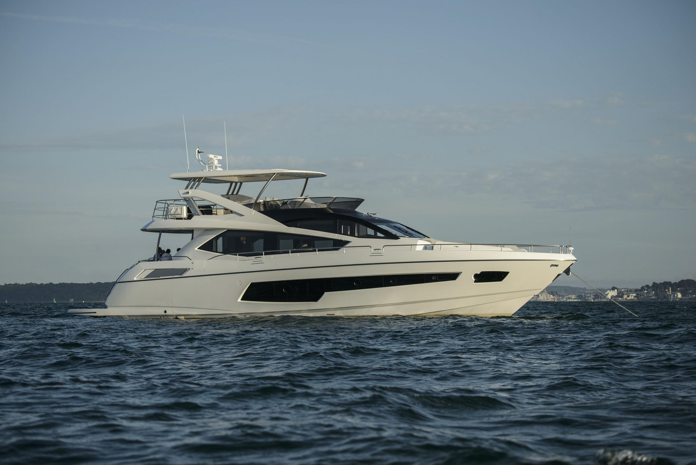 Sunseeker 75 Yacht (REF. SS-7516) | Экстрьер 0