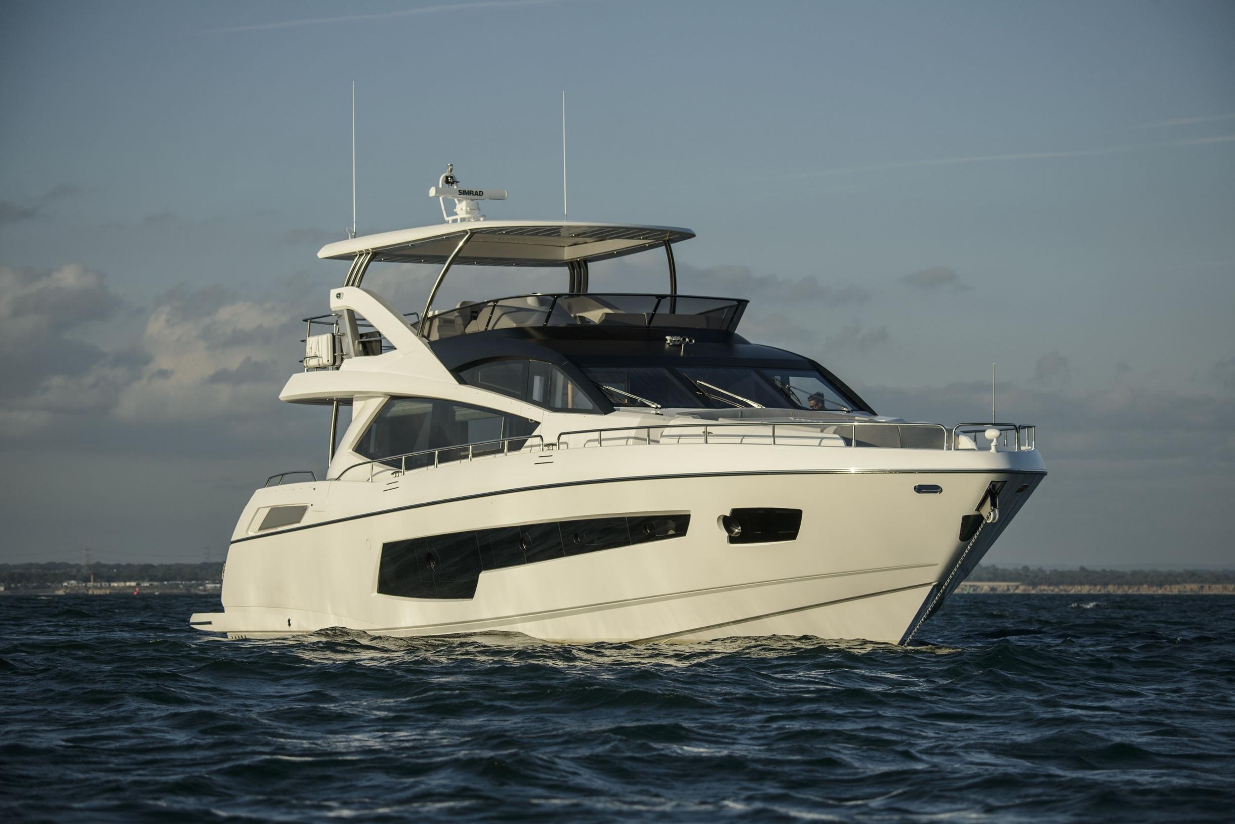 Sunseeker 75 Yacht (REF. SS-7516) | Экстрьер 2
