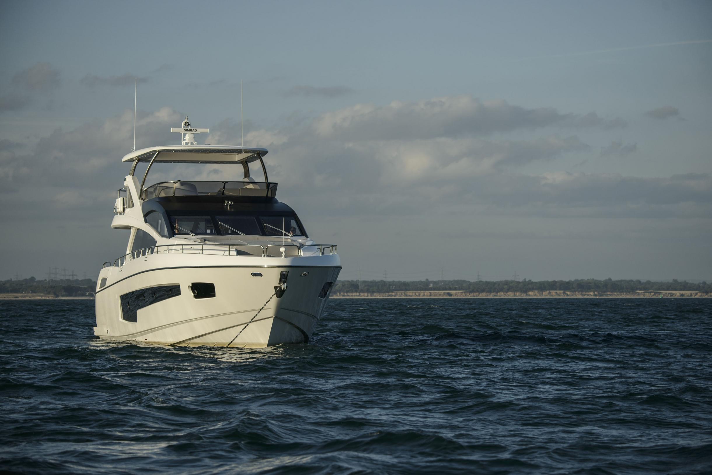 Sunseeker 75 Yacht (REF. SS-7516) | Экстрьер 3