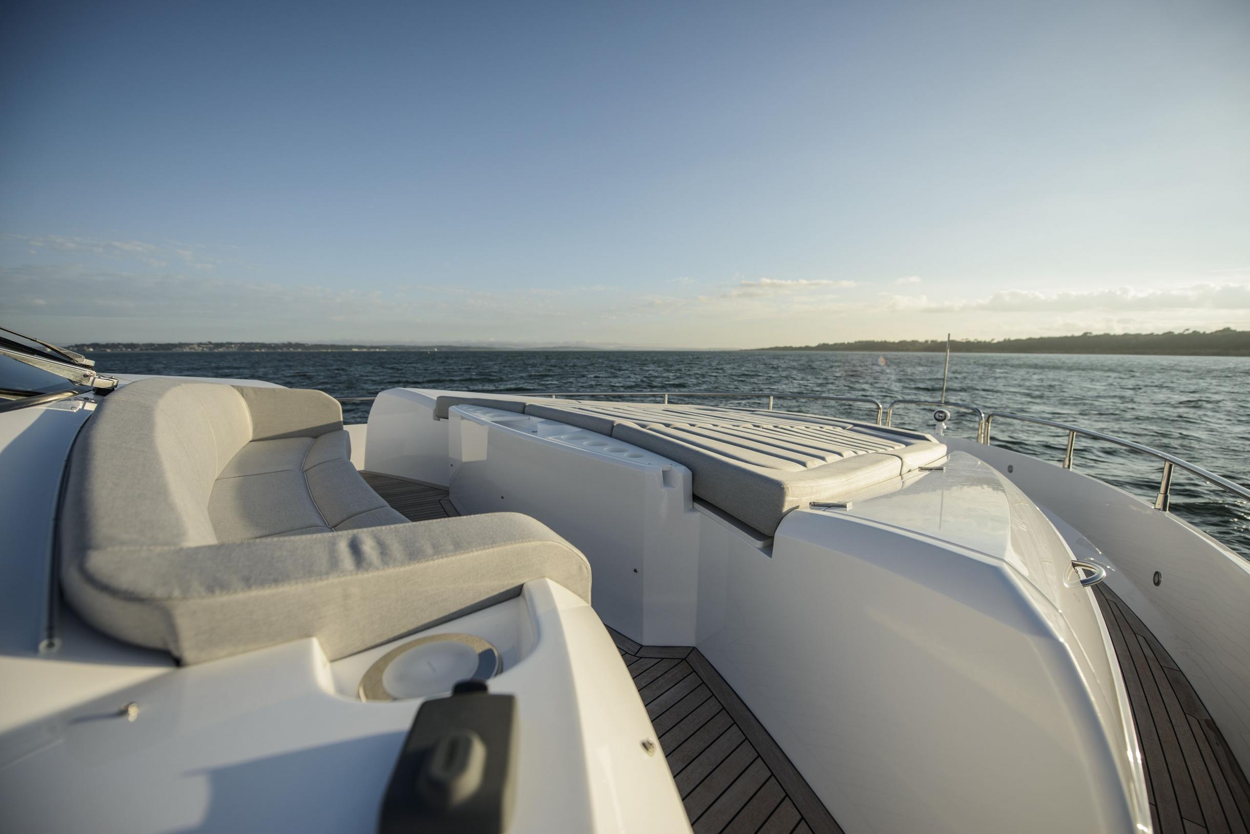 Sunseeker 75 Yacht (REF. SS-7516) | Экстрьер 7