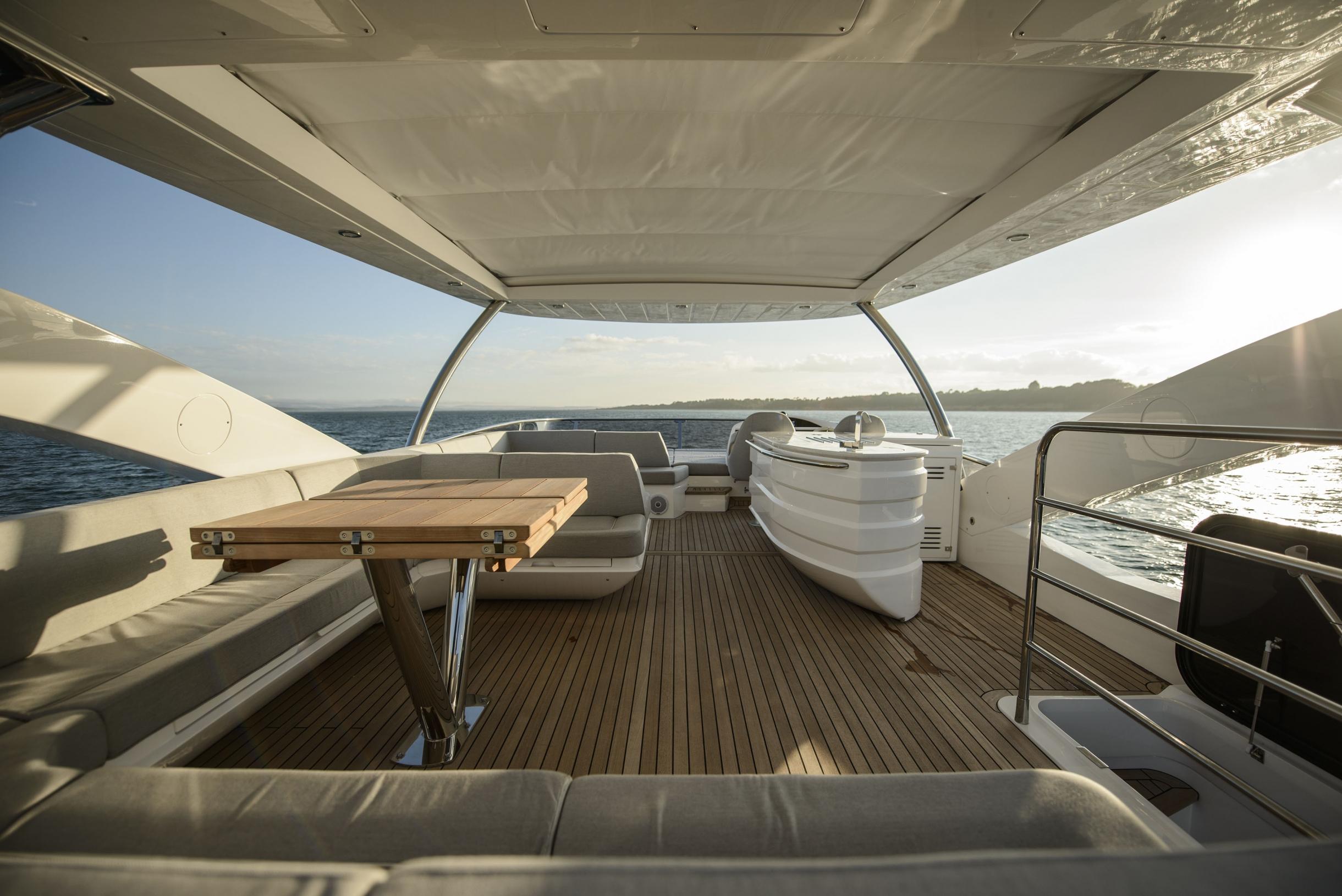 Sunseeker 75 Yacht (REF. SS-7516) | Экстрьер 9