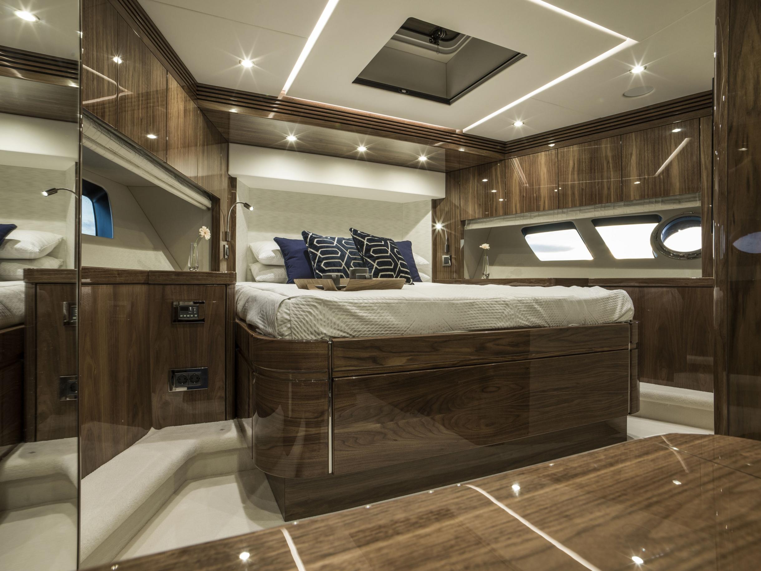Sunseeker 75 Yacht (REF. SS-7516) | Интерьер 8