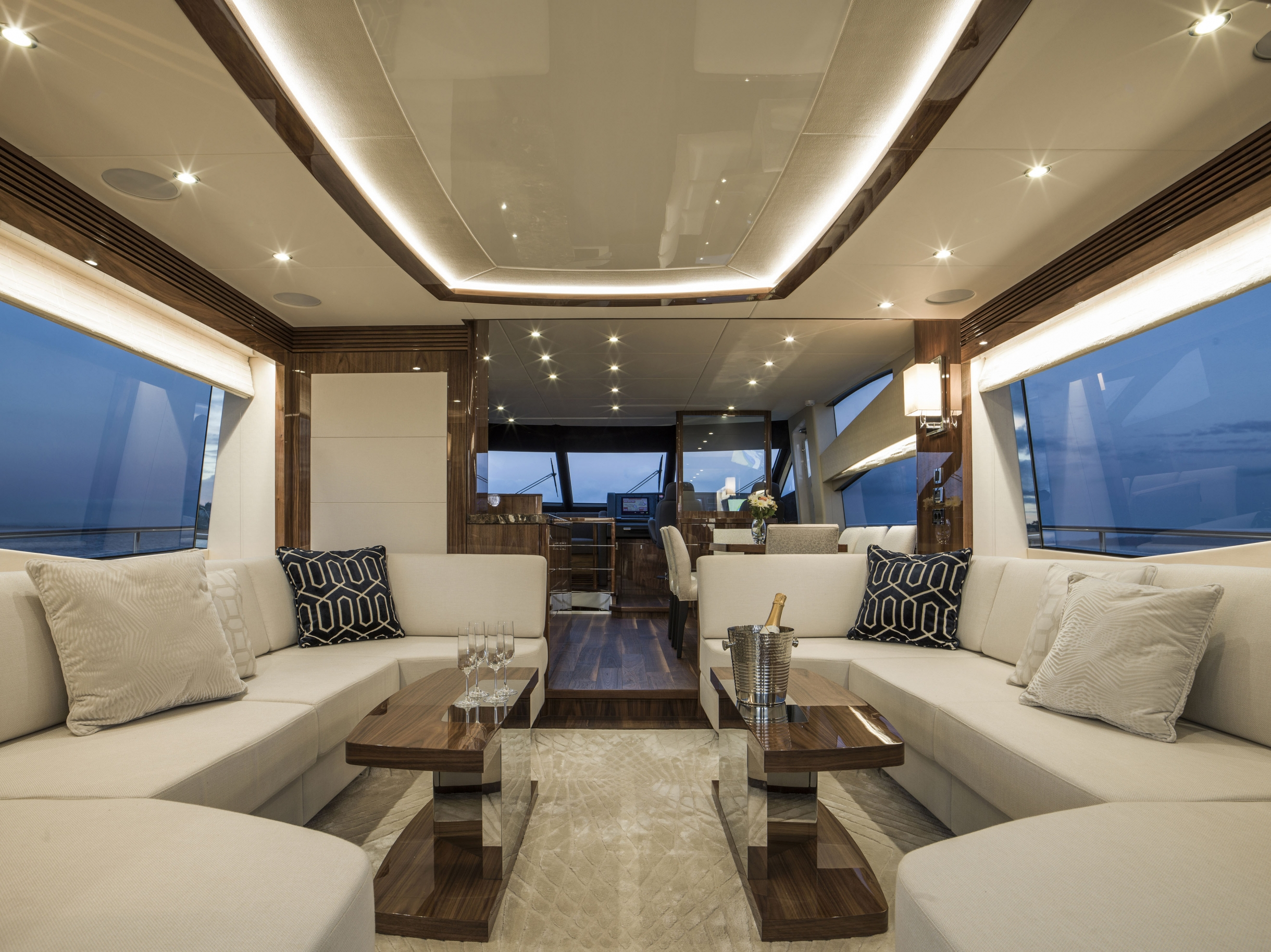 Sunseeker 75 Yacht (REF. SS-7516) | Интерьер 9