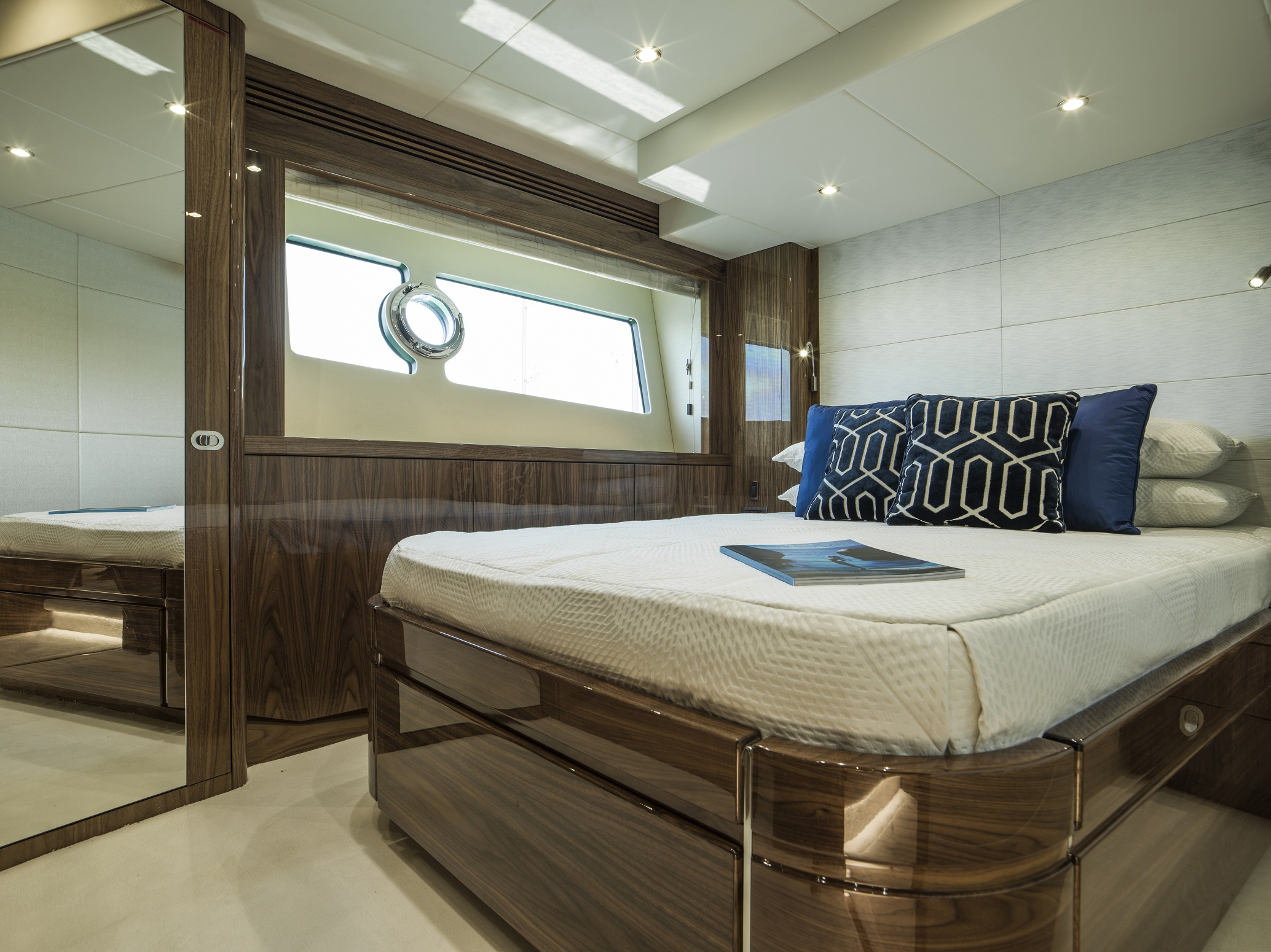 Sunseeker 75 Yacht (REF. SS-7516) | Интерьер 12